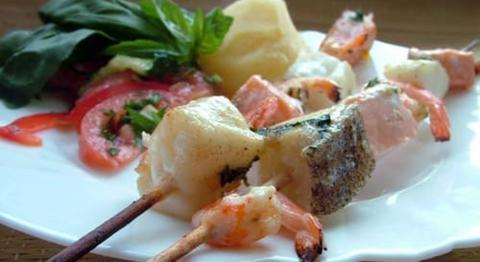 Seafood Обнинск: Рецепт: шашлычки из морепродуктов в апельсиновом маринаде